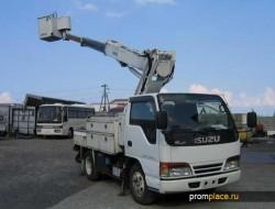 Компактные японские грузовики Isuzu Elf
